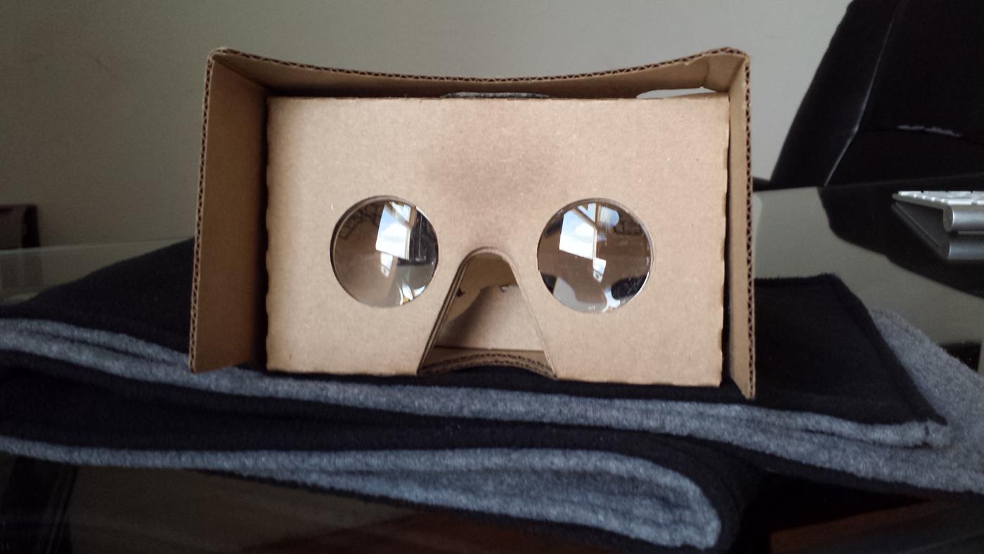 f93c5f82add Virtual Reality on Smart Phones with Google Cardboard