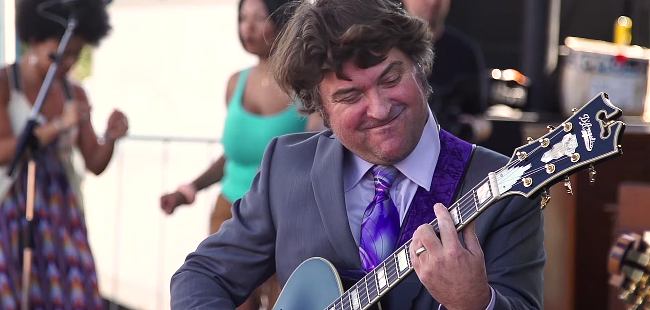 Keller Williams at LOCKN Music Festival 2015. Photo by: LOCKN Music Festival / YouTube