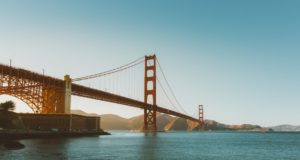 San Francisco's Golden Gate Bridge. Travel to the hottest spots in the US this August. Photo by: Pexels / unsplash.com