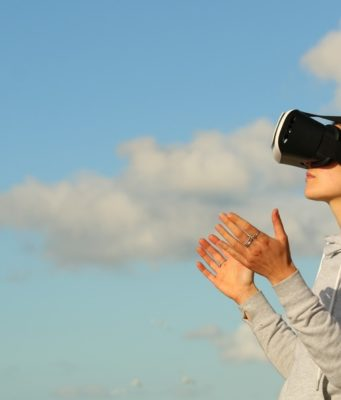 Virtual reality. Photo by: Bradly Hook