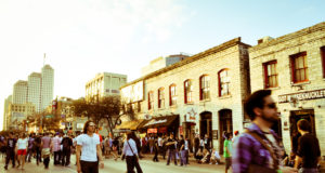 Downtown Austin. Photo by: Davidlohr Bueso | Link at: https://www.flickr.com/photos/daverugby83/5587626086