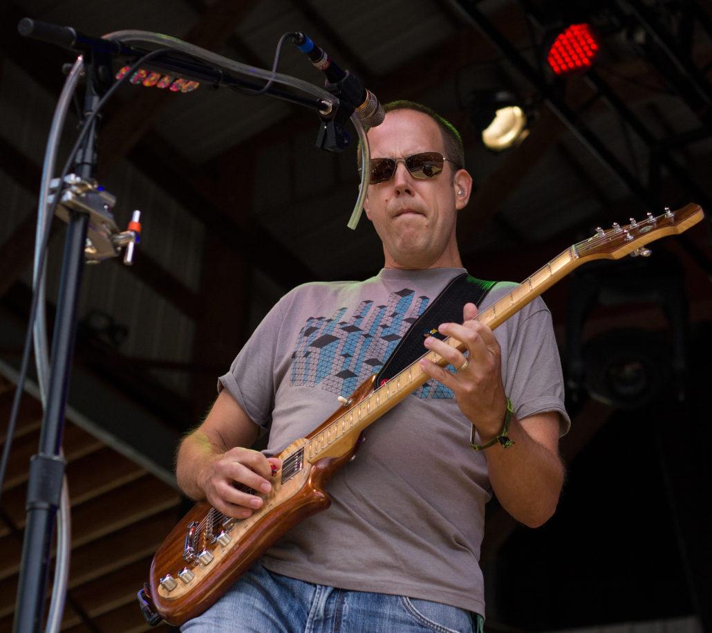 Chuck Garvey, guitarist for moe. Photo by: Matthew McGuire