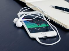 Streaming music on a digital device. Photo by: Pexels.com