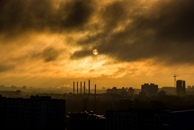 Air pollution. Photo by: Unsplash