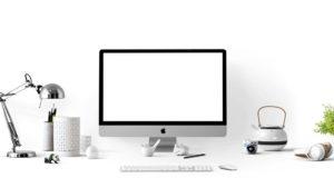 An Apple desktop computer. Photo by: Pexels.com / MockupEditor.com