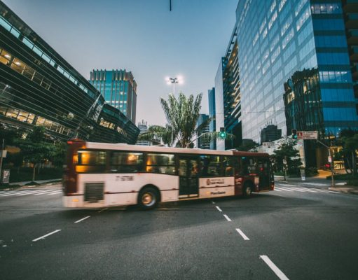 Bus driving in an urban setting. Photo by: Kaique Rocha / Pexels.com