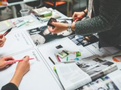 UX Design and people working together. Photo by: Kaboompics / Karolina / Pexels.com