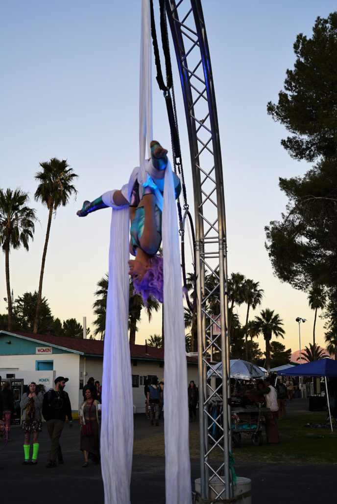 Aerial Performer at Gem and Jam Festival 2018. Photo by: Samantha Harvey
