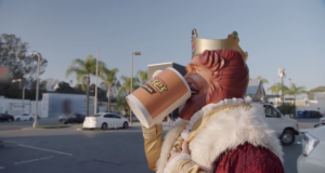 Burger King mocking the repeal of Net Neutrality in the best advertisement this decade. Photo by: Burger King / YouTube