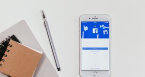 The Facebook algorithm 2018 debate. Photo by: Pexels.com