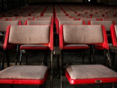 Chairs in a theater. Photo by: Jaime Fernández / Pexels.com